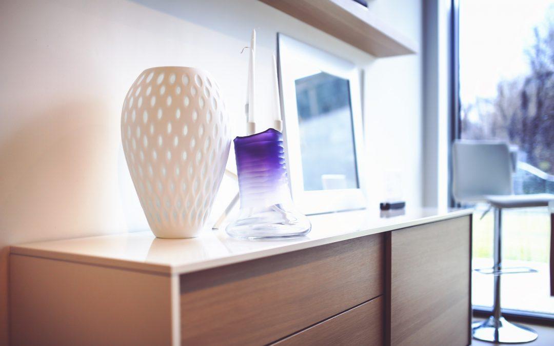 Décoration d'intérieur: pourquoi opter pour le vase design?