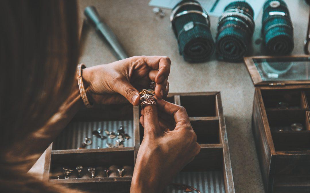 Comment confectionner de beaux bijoux pour votre déco intérieure?