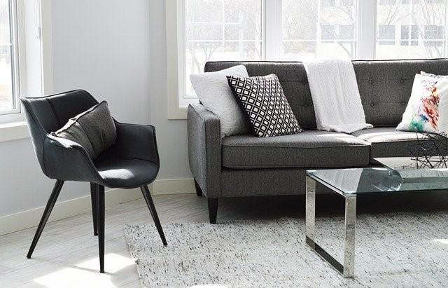 Pourquoi choisir une housse de canapé imperméable?